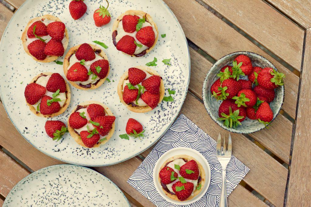 Billede af Små jordbærtærter