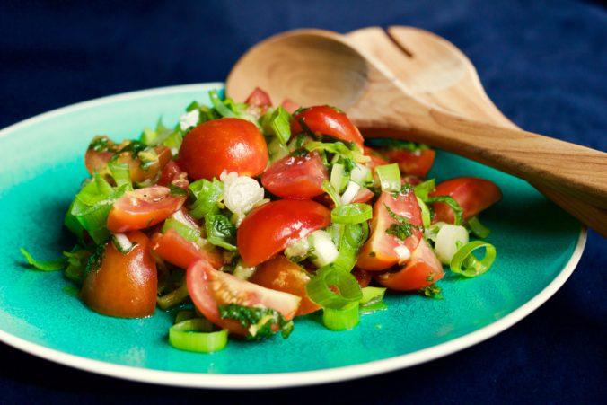 Billede af Tomat-mynte salat